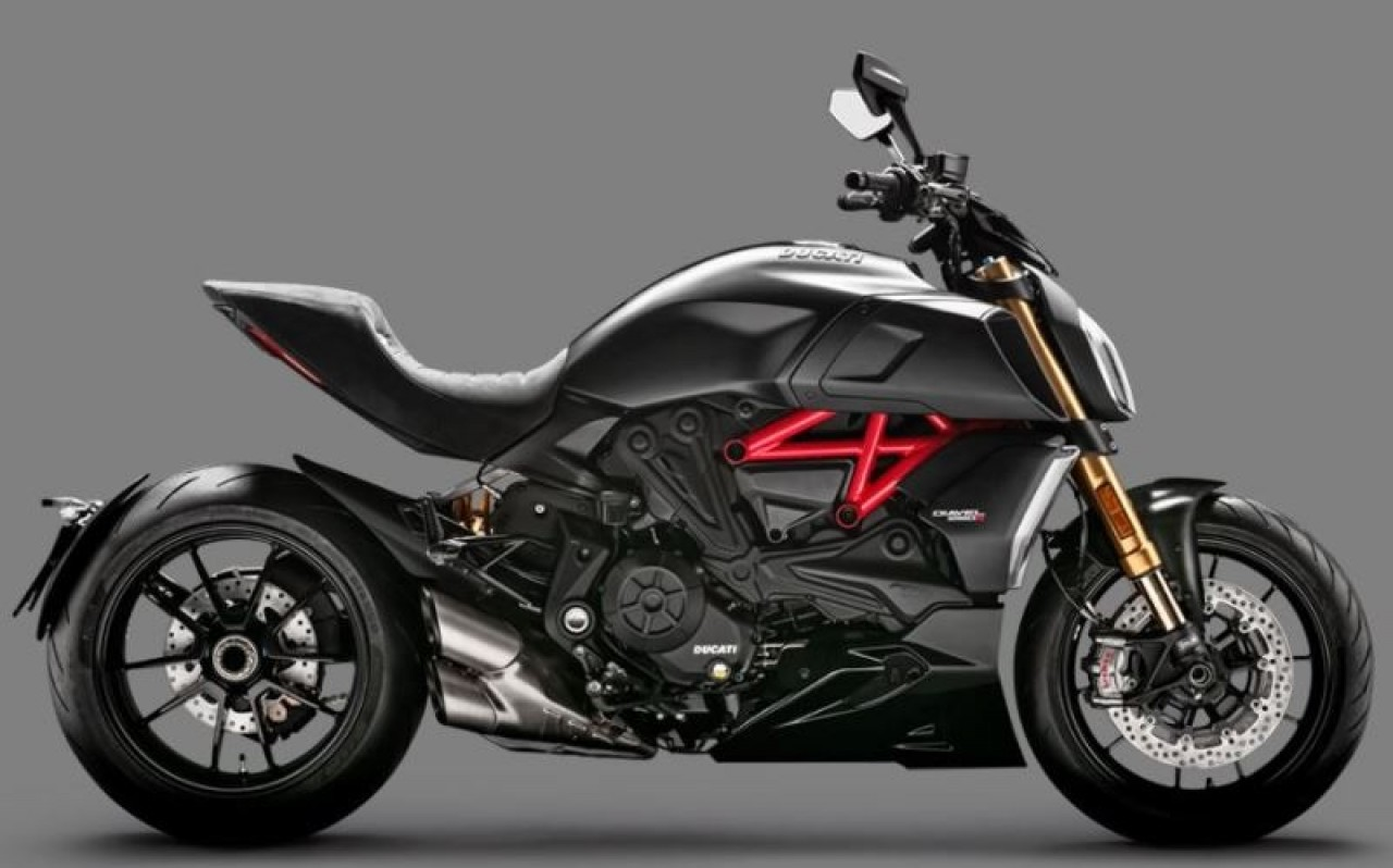 Ducatti Diavel 1260, Motociclos - Scooters, Bissau